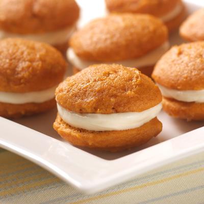 Mini Pumpkin Whoopie Pies Ginsberg S Foods