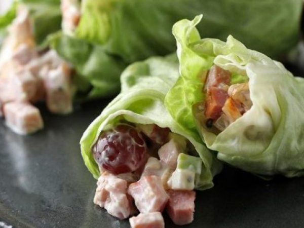 Apple Caramelized Onion and Ham Lettuce Roll-Up