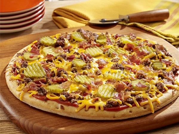 Bacon Cheeseburger Grilled Pizza