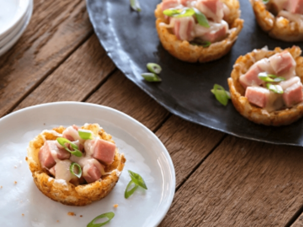 Cheesy Ham and Tot Cups