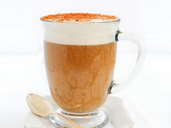 Iced Oatmilk Latte