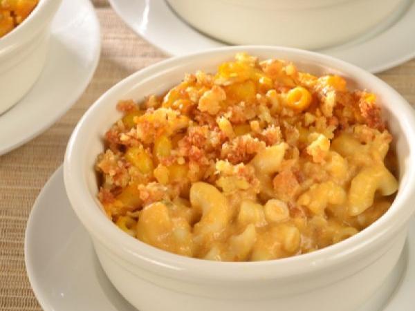 Pumpkin Gouda Macaroni and Cheese