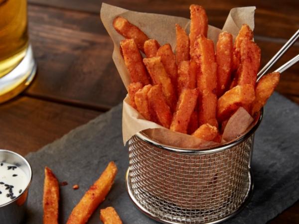 Sriracha-Dusted Sweet Potato Fries