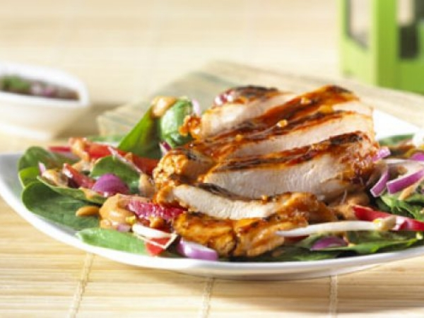 Thai Style Chicken and Spinach Salad
