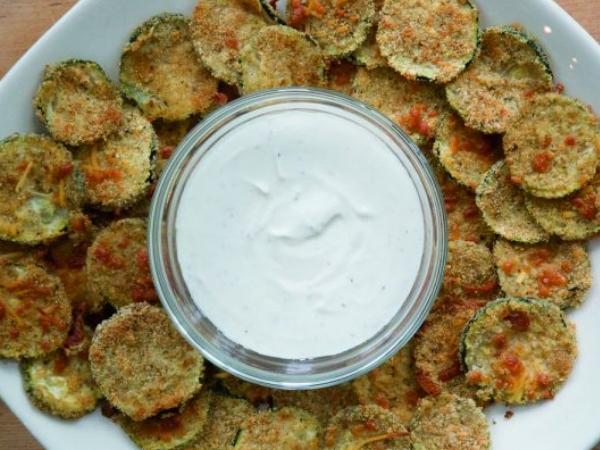 Zucchini Chips with Caesar and Yogurt Dip
