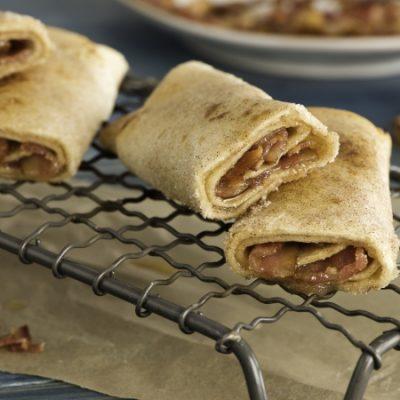 Sticky Cinnamon Bacon Roll-Ups